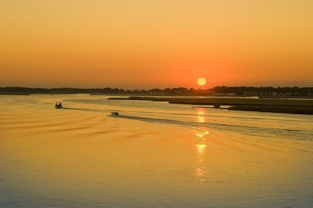 Scenic boat cruises chincoteague chamber of commerce for Chincoteague fishing charters